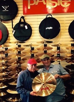 Moved to Chicago – A visit to Vic's Drum Shop